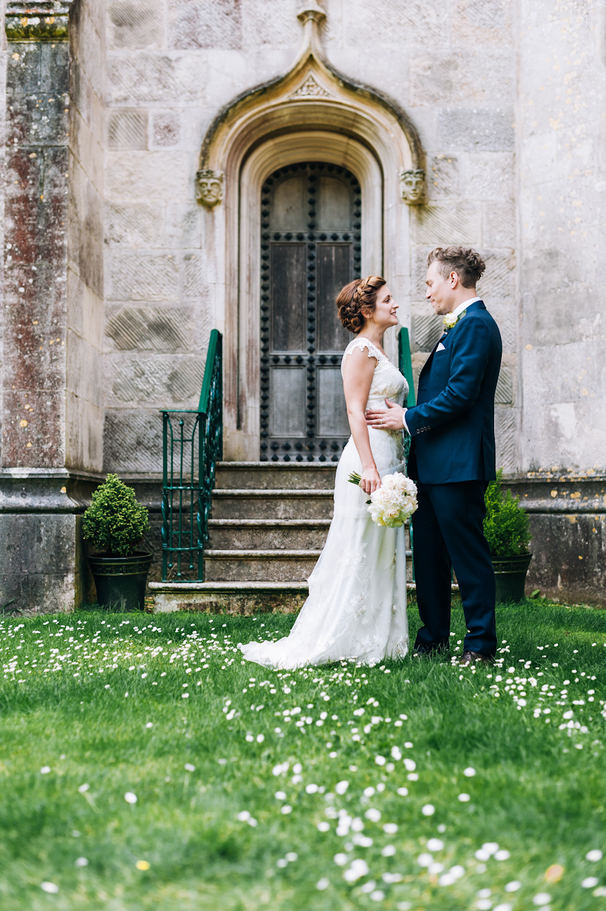 Daniel and Lottie_AndStory_HighCliffCastle_wedding-113